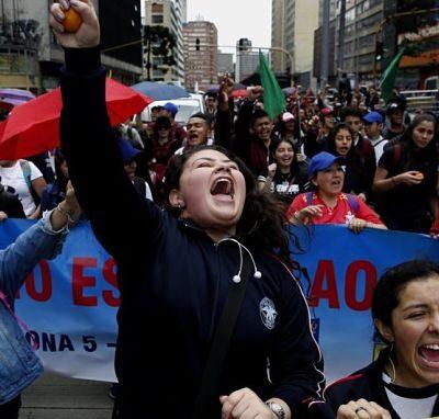 Los Millenials de Colombia en las calles